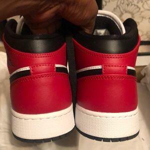 Jordan Shoes - Air Jordan 1 Mids